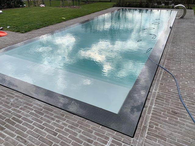 Overloopzwembad4